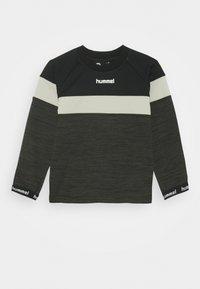 Hummel - HMLBRANDON - Sweatshirt - black olive - 0
