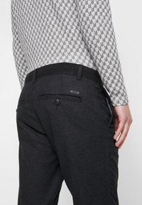 edc by Esprit - BRUSHED - Pantaloni - anthracite - 3