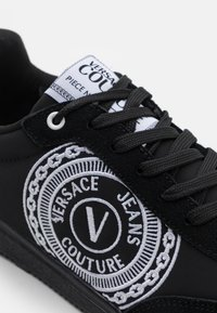 Versace Jeans Couture - SPINNER - Trainers - nero - 5