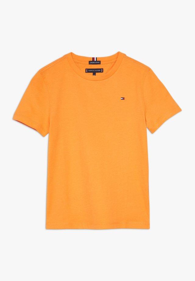 ESSENTIAL TEE  - Basic T-shirt - orange