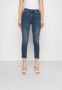 Liu Jo Jeans - SKTRUE SUPER - Jeans Skinny Fit - blue justify - 0