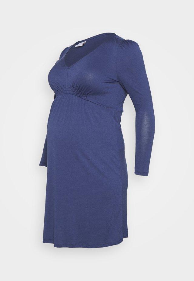 MLANALIA DRESS - Žerzejové šaty - estate blue