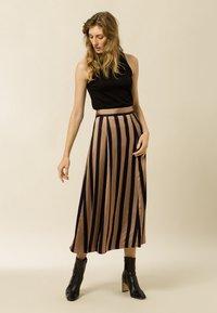 IVY & OAK - A-line skirt - dark toffee - 1