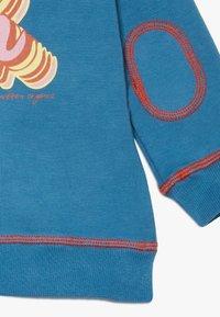 Smitten Organic - BABY - Sweatshirt - vivid denim - 4