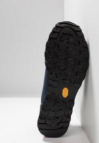 CMP - ELETTRA LOW SHOE WP - Hiking shoes - black/blue - 4