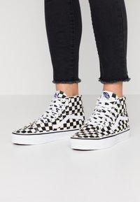 Vans - SK8 TAPERED - Sneakers hoog - black/true white - 0