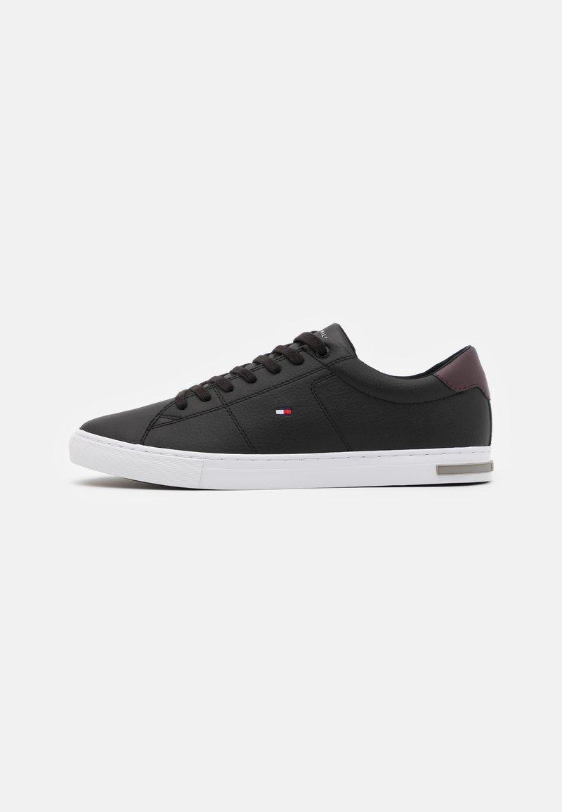 Tommy Hilfiger - ESSENTIAL DETAIL - Sneakersy niskie - black