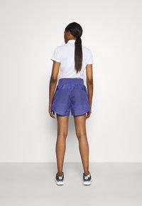 adidas Golf - PRIMEBLUE SHORT - Pantaloncini sportivi - semi night flash - 2