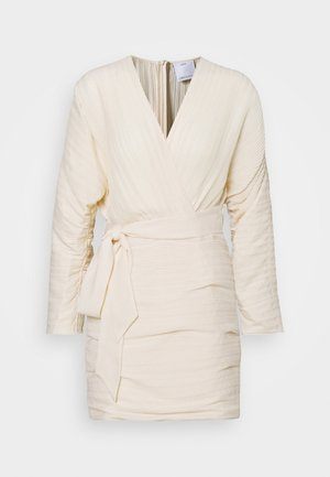 CONSTRUCT DRESS - Vestido de cóctel - cream