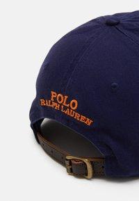 Polo Ralph Lauren - NEW BOND CHINO CLASSIC SPORT UNISEX - Cap - newport navy - 4