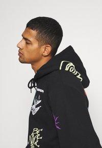 Obey Clothing - TOXIC MIND TOXIC PLANET HOODIE - Hoodie - black - 3