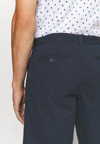 INDICODE JEANS - Shorts - navy - 3
