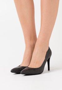 Liu Jo Jeans - VICKIE - Zapatos altos - black - 0