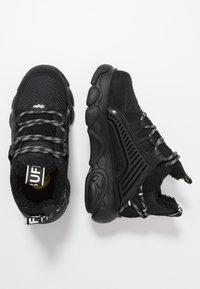 Buffalo - HIKE - Sneaker low - black - 3