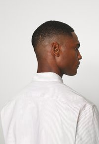 ARKET - Shirt - beige medium dusty - 4