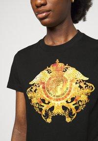 Versace Jeans Couture - T-shirt print - black - 5