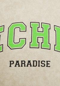 Vintage Supply - TECHNO PARADISE - Collegepaita - sand - 2