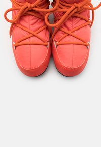Moon Boot - LOW  WP - Winter boots - coral - 5