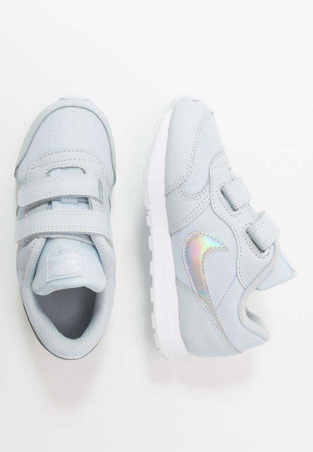 RUNNER 2 - Sneakersy niskie - aura/white
