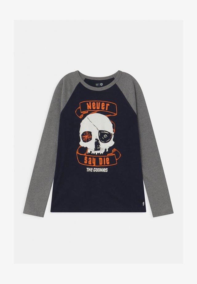 BOYS HALLOWEEN GOONIES  - Camiseta de manga larga - heather grey