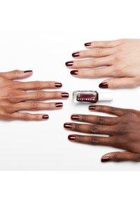 Essie - EXPRESSIE - Nail polish - 260 breaking the bold - 2