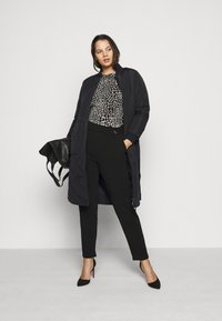 ONLY Carmakoma - CARCARROT LONG QUILTED JACKET - Classic coat - black - 1