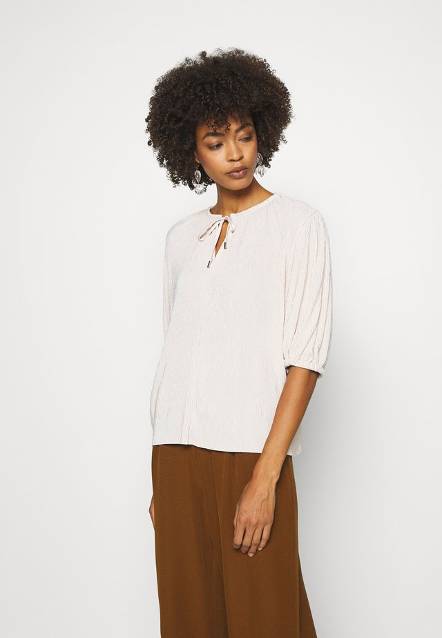 KARLO BLOUSE - Camicetta - french nougat