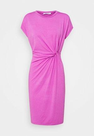 FAITH DRESS - Jersey dress - bodacious pink