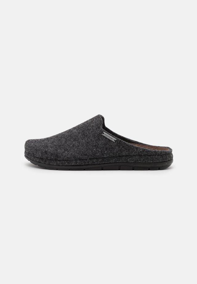 SAMUEL - Slippers - black