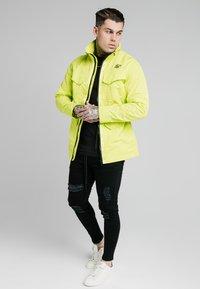 SIKSILK - Light jacket - fluorescent green - 2