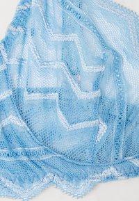 Coco de Mer - MARGOT BALCONY BRA - Underwired bra - sky blue - 6