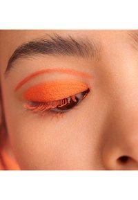 3ina - THE CREAM EYESHADOW - Eye shadow - 188 orange - 2