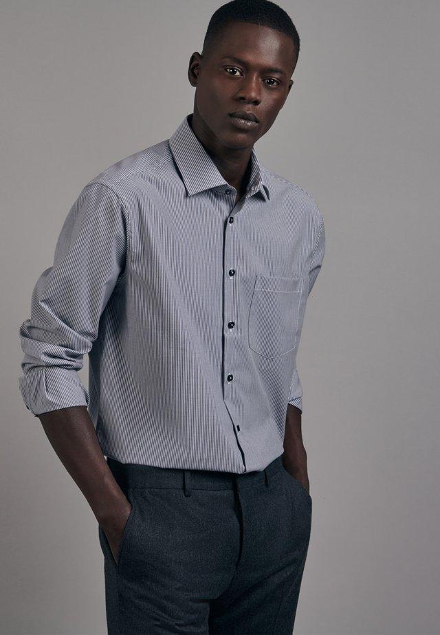 REGULAR FIT - Koszula biznesowa - blau