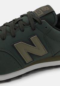 New Balance - GM500 - Zapatillas - green - 5