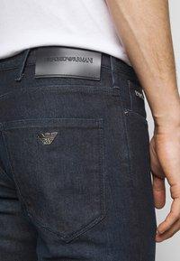 Emporio Armani - POCKETS PANT - Slim fit jeans - dark blue denim - 4