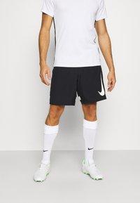 Nike Performance - DRY ACADEMY SHORT - Pantalón corto de deporte - black/white - 0