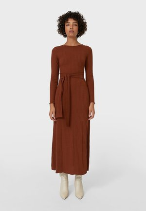 MIT SCHLITZ  - Maxi dress - light brown