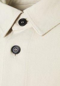 ARKET - Camisa - white - 2