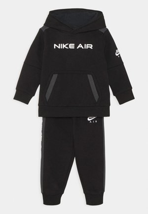 AIR SET - Tracksuit - black