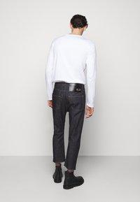 N°21 - PANTALONE - Jeans Straight Leg - indaco - 2