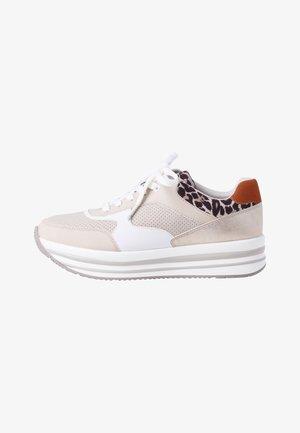 Zapatillas - beige leo comb