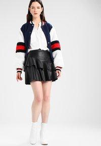 Vero Moda - ERIKA SOLID  - Blouse - snow white - 1