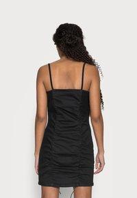 Topshop Petite - RUCHED BODYCON DRESS - Vestito elegante - black - 2
