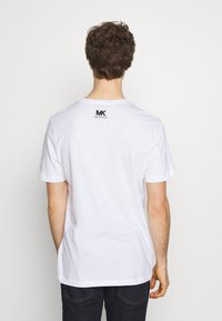 Michael Kors - STACKED - Print T-shirt - white - 2