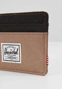 Herschel - CHARLIE - Wallet - pine bark/black - 2