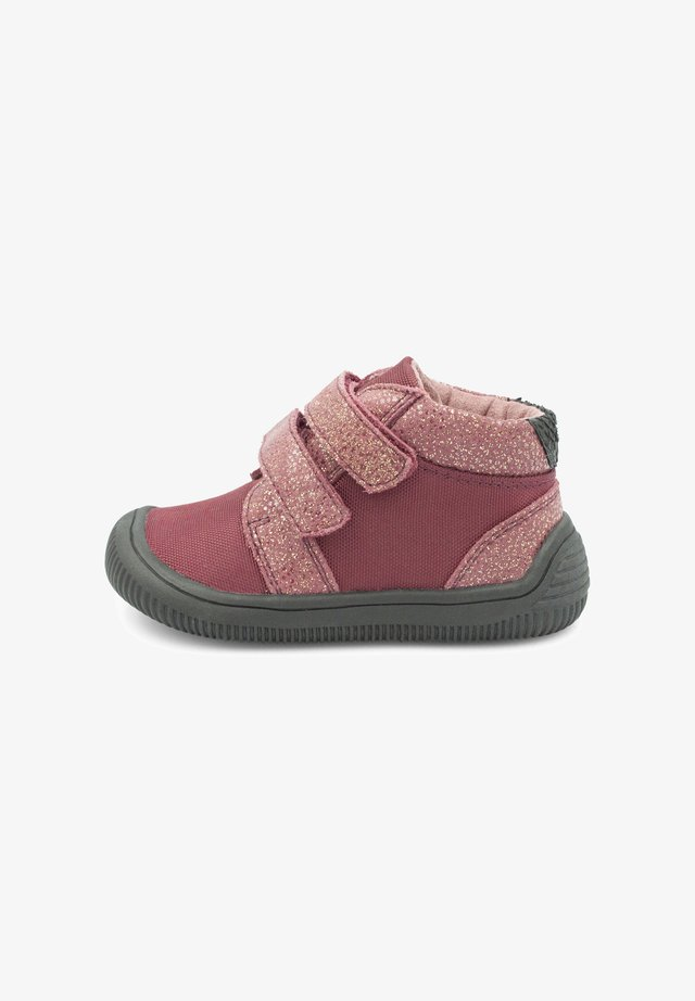 TRISTAN PEARL - Baby shoes - light red