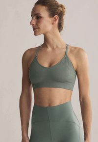 OYSHO - Light support sports bra - green - 0