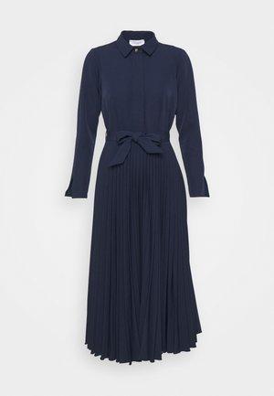 CLOSET PLEATED SHIRT DRESS - Shirt dress - navy