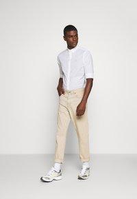 AllSaints - FULLER - Shirt - white - 1