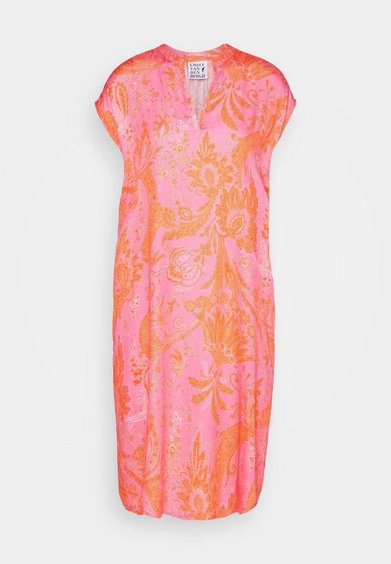 Emily van den Bergh - Kjole - pink/orange